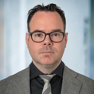 mr. Erik Maessen